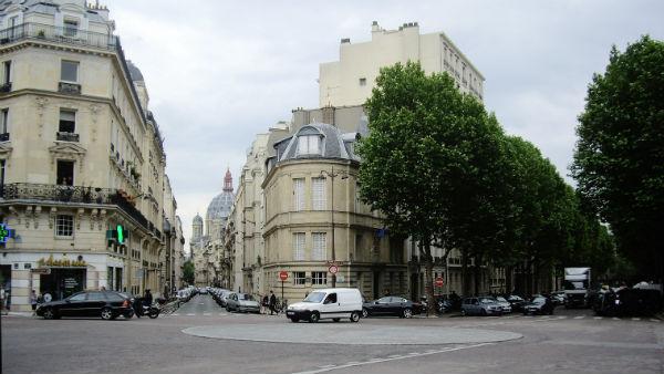 Denne lille biten av Paris, for eksempel, er oppkalt etter Narvik! Foto: Mu/Wikipedia Commons