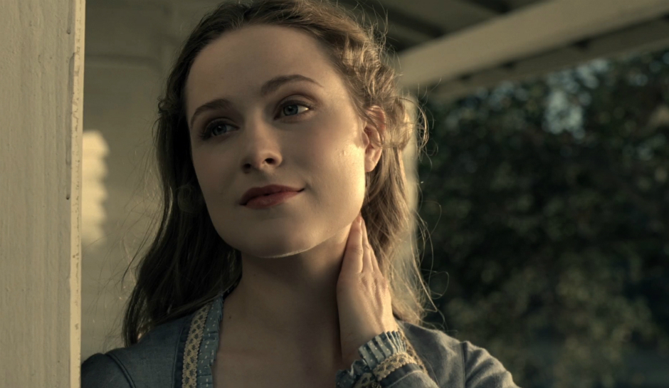 hbos-westworld-season-1-episode-1-dolores-slaps-the-fly