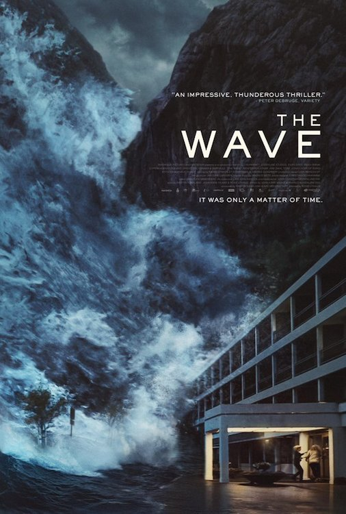 wave-poster-crashes